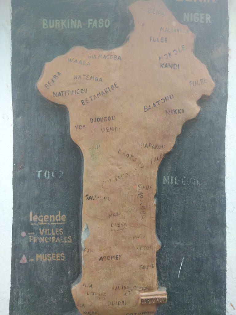 Carte ethnique du Bénin au musée ethnographique de Porto-Novo ethnographie