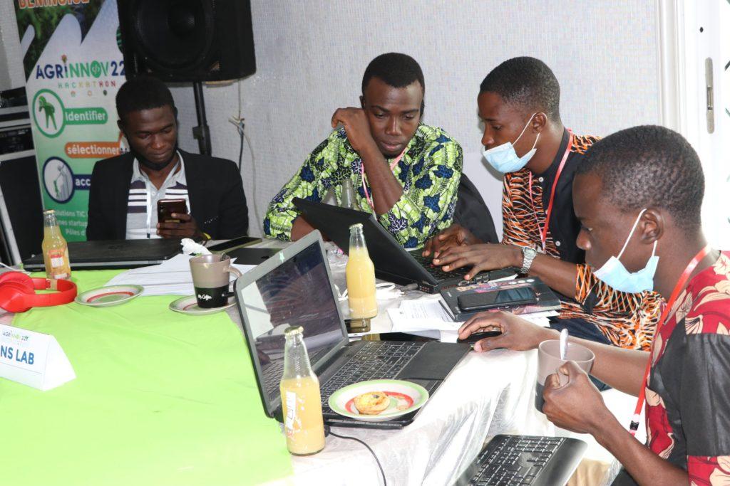 L'équipe ANS LAB durant le hackathon agrinnov 229