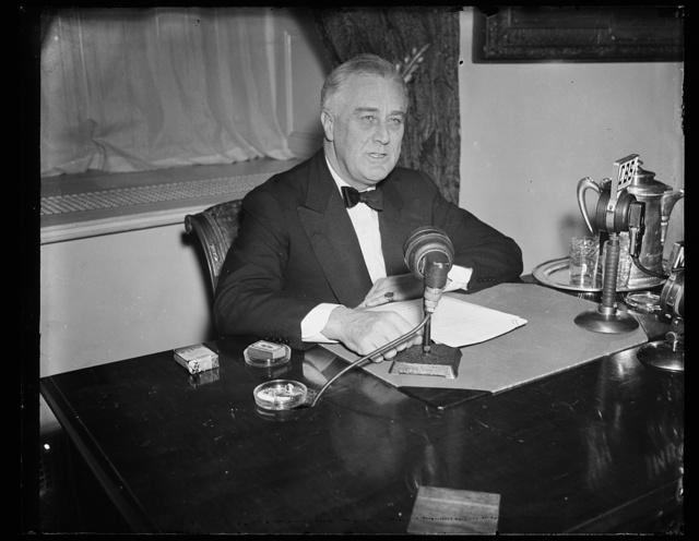 Franklin Delano Roosevelt, président des Etats-Unis à la radio